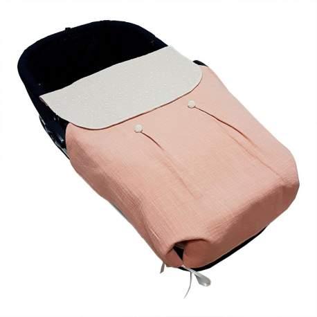 Colcha de capazo tejido muselina maquillaje con botones y plumeti tostado
