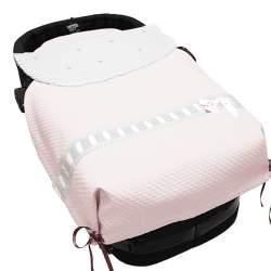 Colcha universal capazo napoles rosa con entredos blanco. Bodoques y raso en rosa