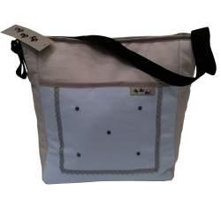 Bolso piqué celeste y gris con bordado de bodoques y puntilla
